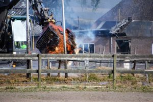 Uitslaande brand manege Diepenveen